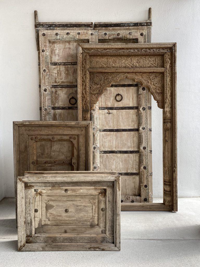 oude deuren en panelen koezoe