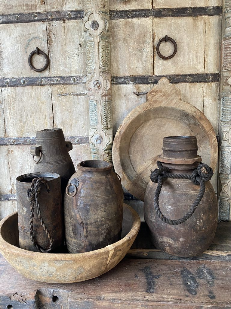 nepalese potten en schalen